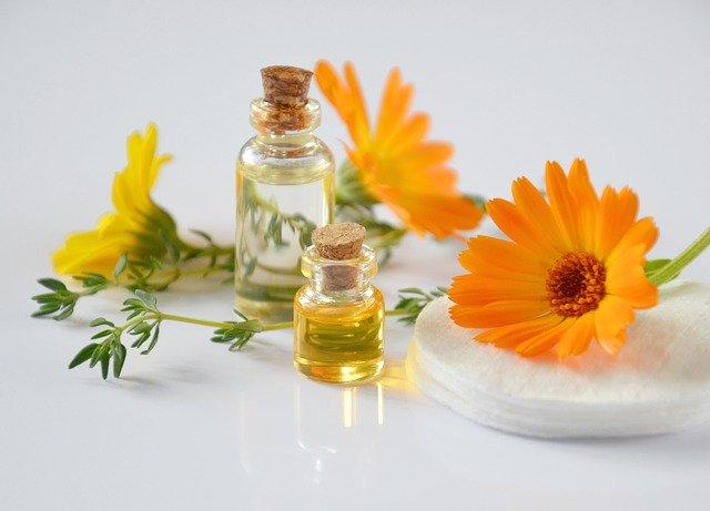 9种可以对抗指甲真菌感染的精油及使用方法