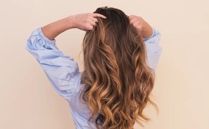 温和天然的洗发水对头发更有好处