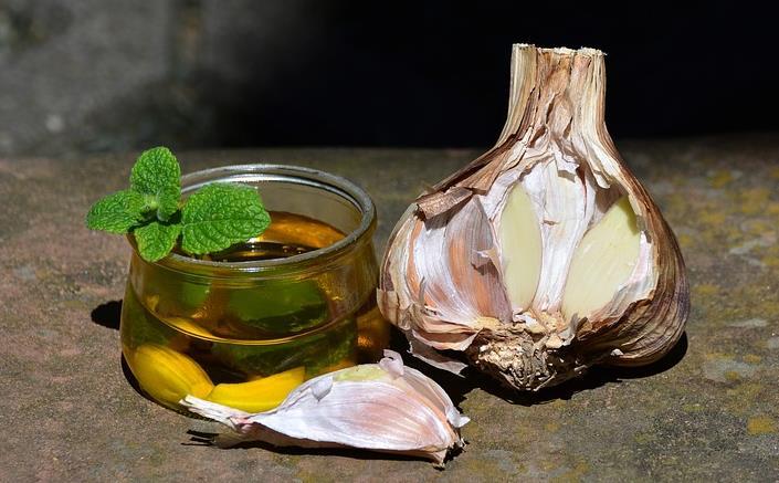 大蒜精油,薄荷精油,丁香精油