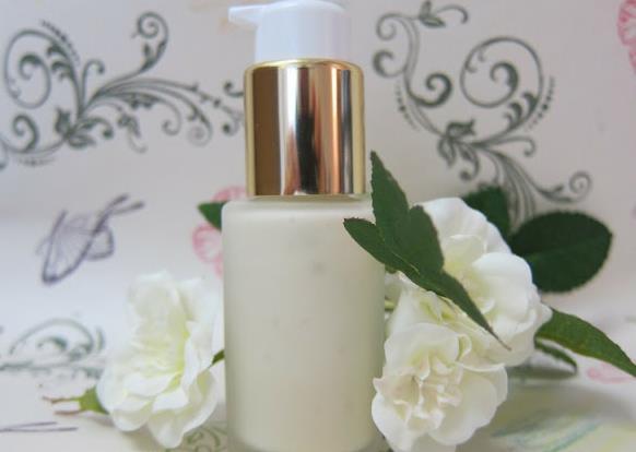 乳香精油,护手霜,皮肤护理,化妆品